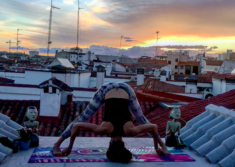 Clase de Yoga on line - Torsiones y Flexiones