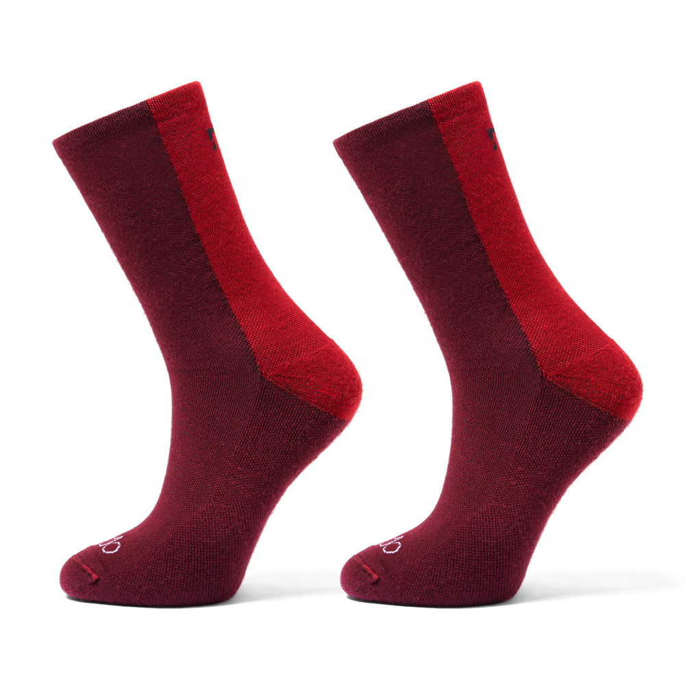 Merino wool cycling socks from pongo