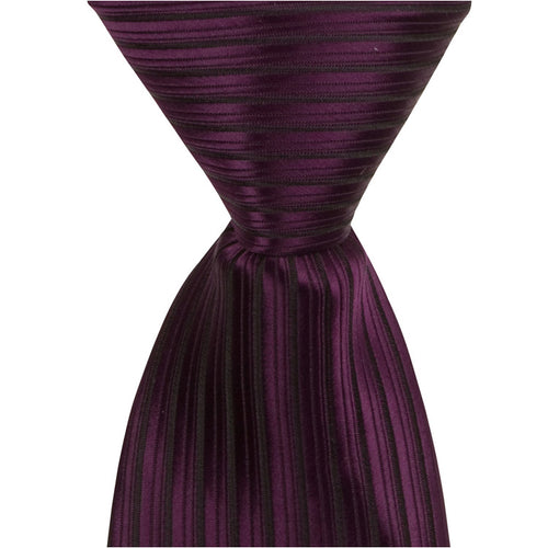 L8 - Wine with Black Pinstripe