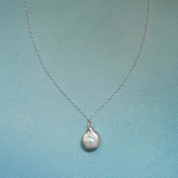 Mother of of Pearl Necklace in Sterling Silver