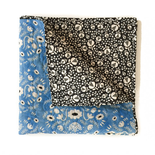 Canvas Wholecloth Quilt - Flower Shop - Folk in Blue