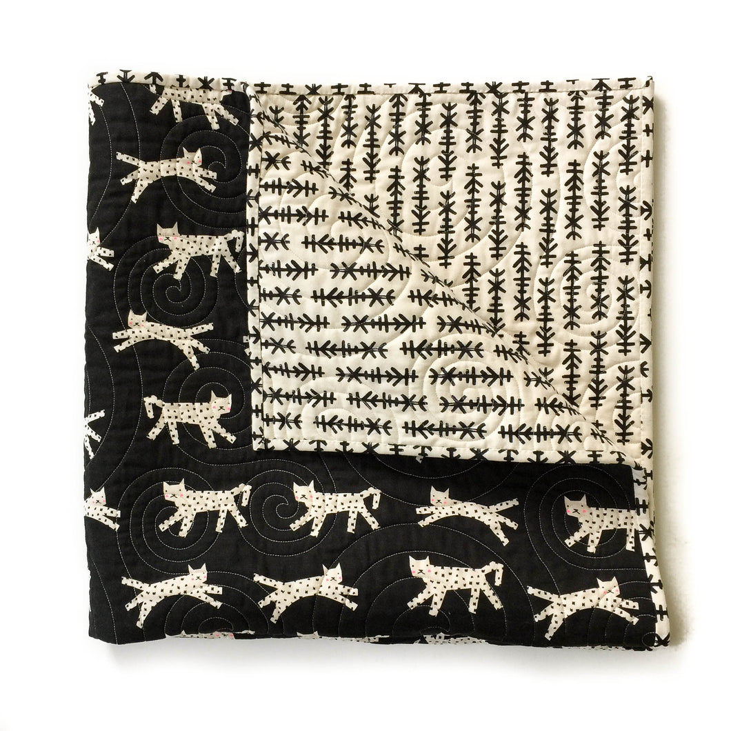 Wholecloth Quilt - Black and White in Snow Leopard