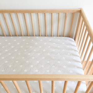 Crib Sheet - Sommer - Swan in Grey