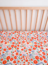 Organic Crib Sheet - No Place Like Home - Baum in Cream