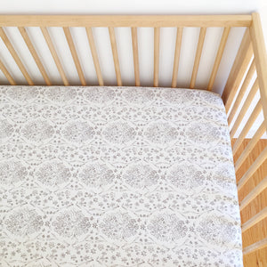 Crib Sheet - Sommer - Sundborn in Grey