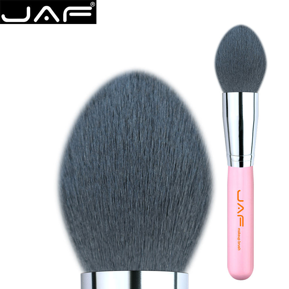 JAF 18SKYG Tapered Kubuki Brush with A Point Tip for Applying Powder Blush Or Contour Shades Onto The Cheeks And Temples