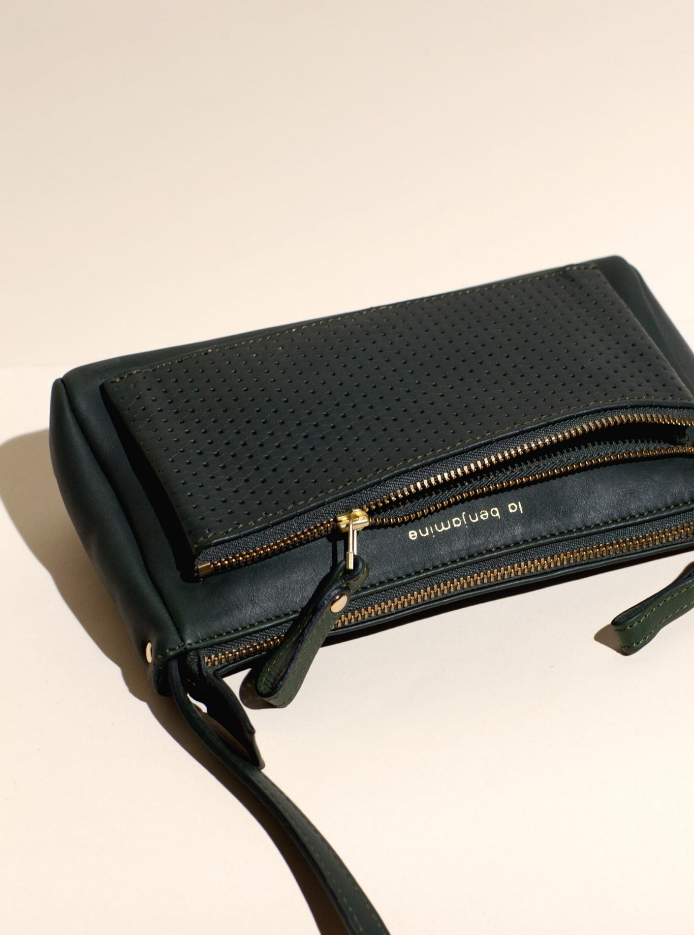 Shoulder Bag with 2 x Zipped Pockets