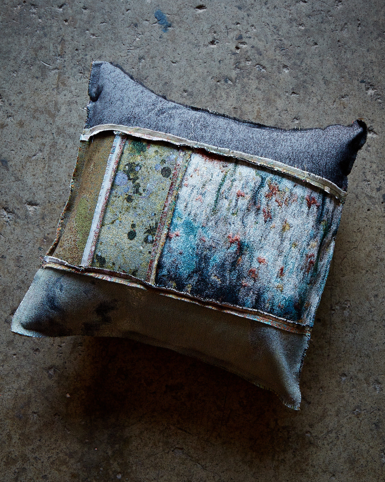 Cushion, Jacquard Face / Linen Back, 50 x 50 cm