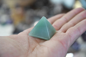 Green Aventurine Pyramid (Mini)