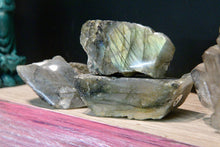 Labradorite (Polished/Raw)