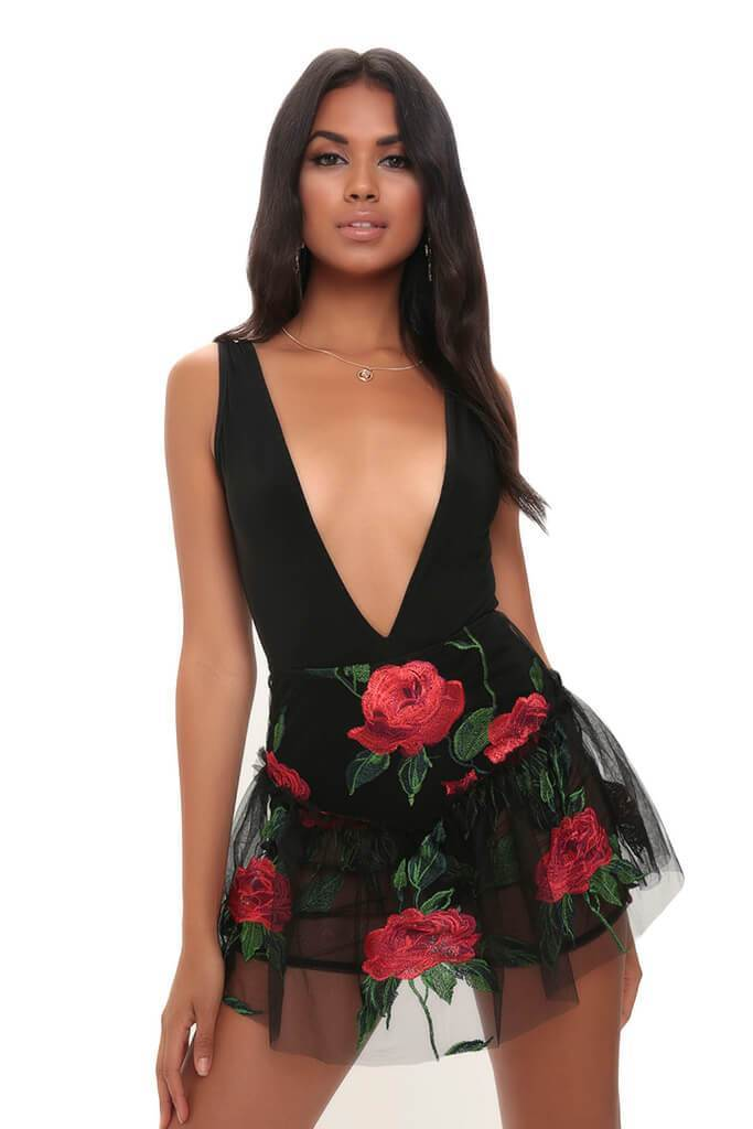 Mesh Embroidery Rose Skirt