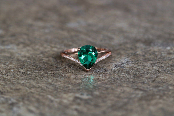 Celtic Crown Emerald May Birthstone Ring