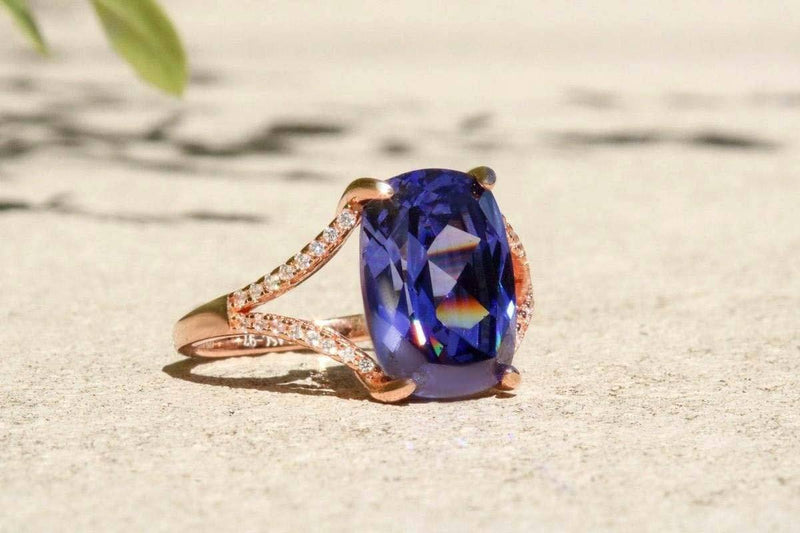 Bellezza Semplice Tanzanite December Birthstone Ring