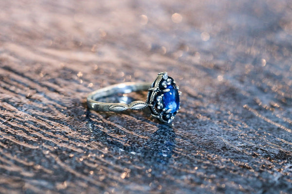 Getchōseki Moon Blue Moonstone June Birthstone Ring