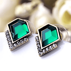 Striking Exquisite Peridot August Birthstone Earrings