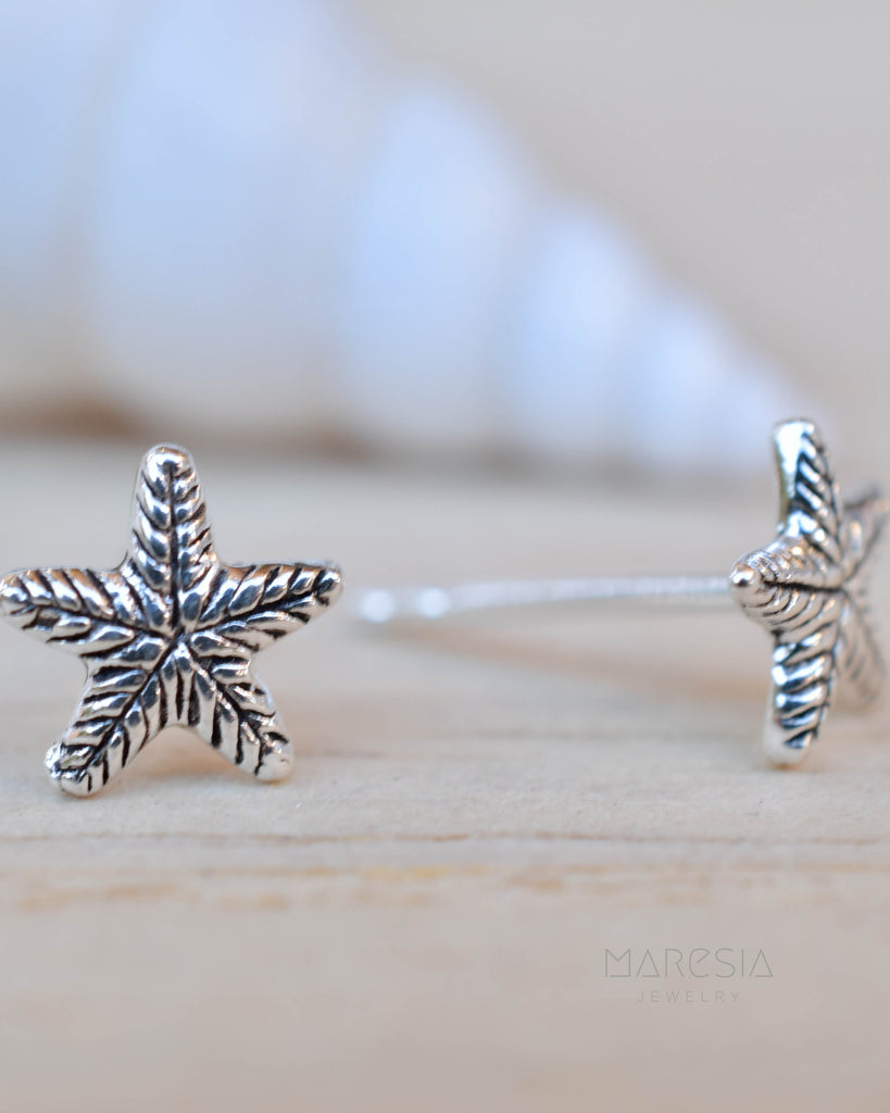 Starfish Stud Earrings ~ Sterling Silver 925 ~ SME083