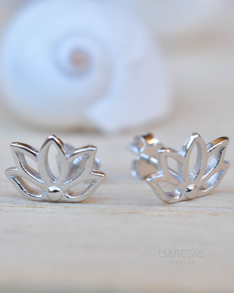 Lotus Flower Stud Earrings ~ Sterling Silver 925 ~ SME084