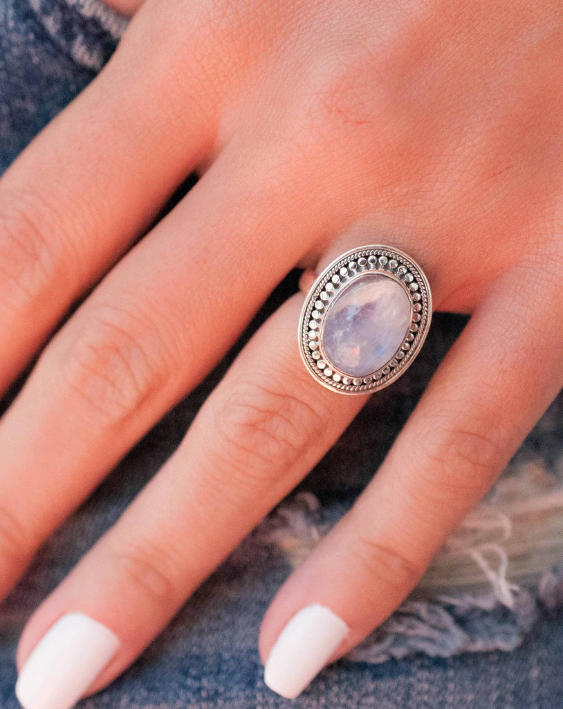 Moonstone Ring ~ Sterling Silver 925 ~ MR031 - Maresia Jewelry
