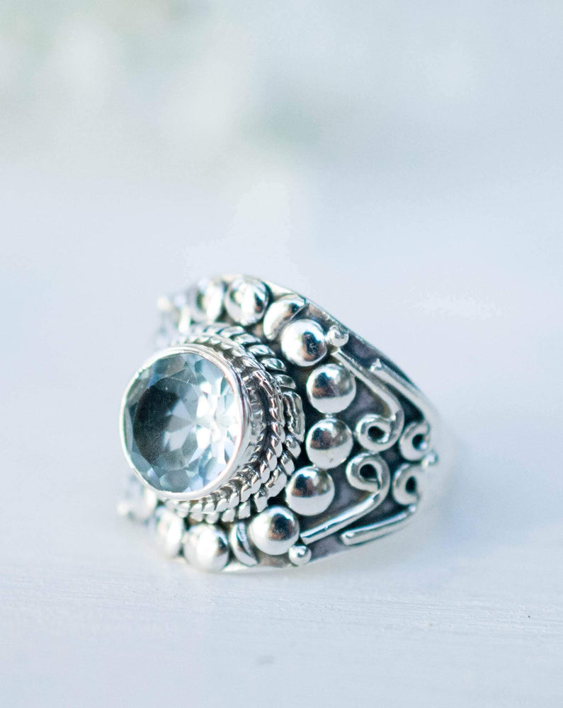 Blue Topaz Ring ~ Sterling Silver 925 ~MR096A