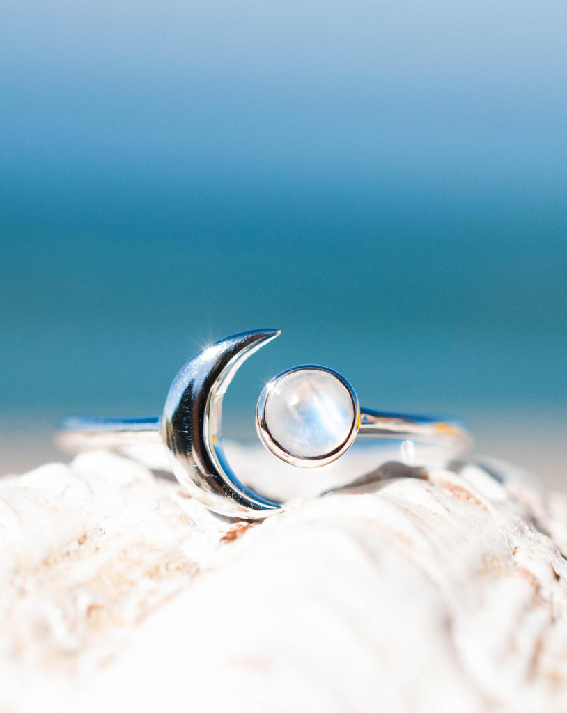 Moonstone Ring ~ Sterling Silver 925 ~MR116 - Maresia Jewelry