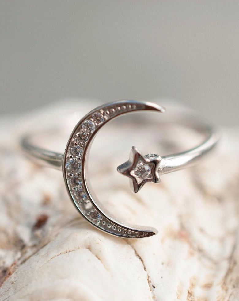 Moon and Star Ring ~ Sterling Silver 925~SMR015 - Maresia Jewelry