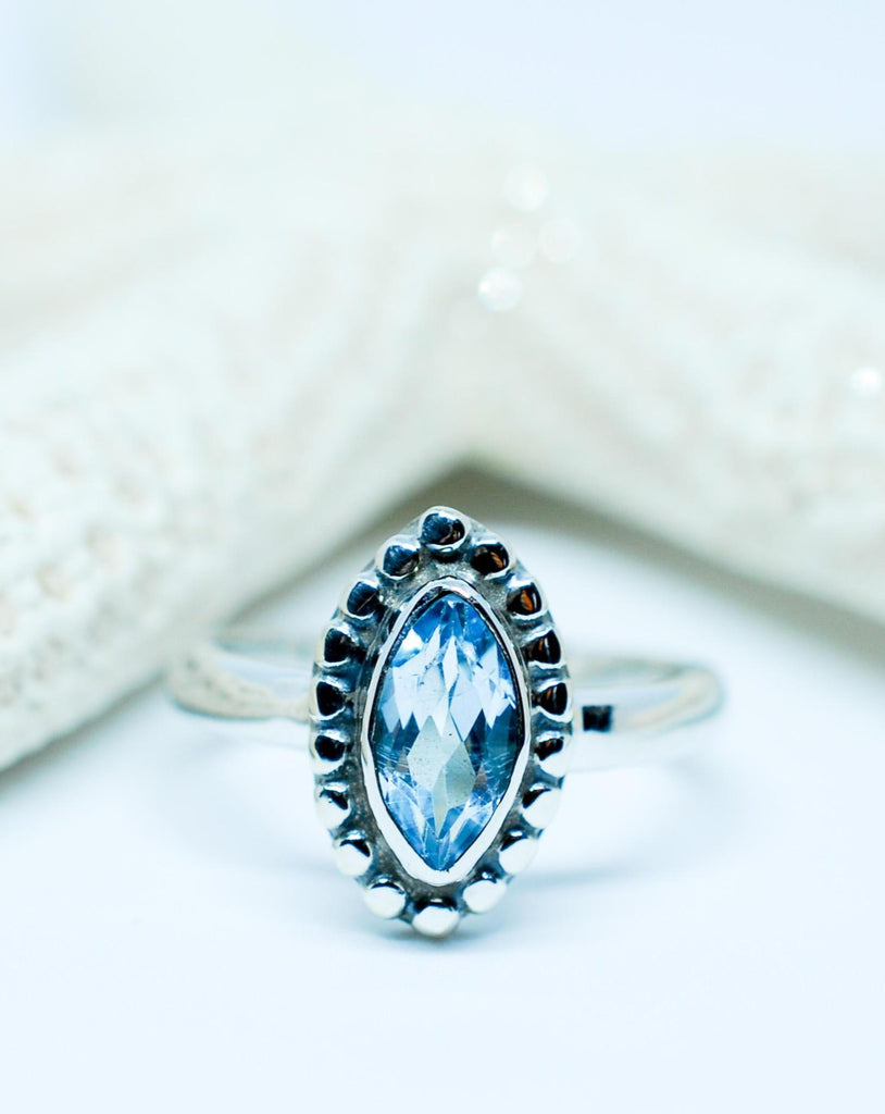Blue Topaz Ring ~ Sterling Silver 925 ~MR093 - Maresia Jewelry