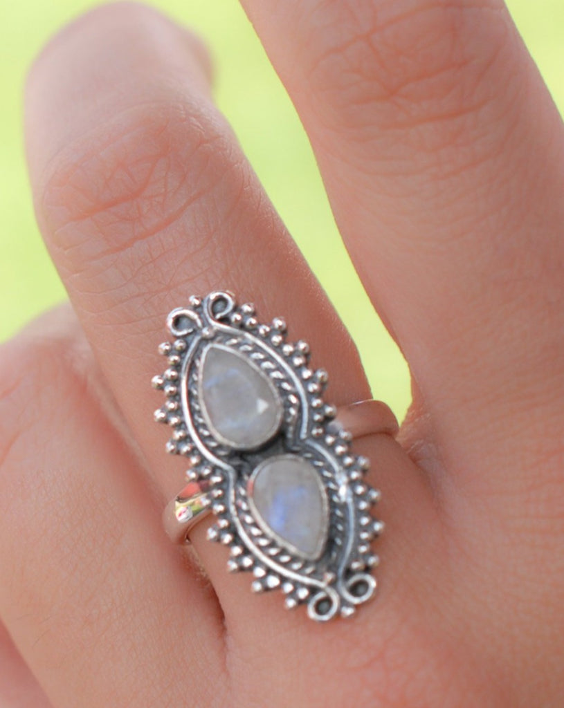 Rainbow Moonstone Ring ~ Sterling Silver 925 ~MR136 - Maresia Jewelry