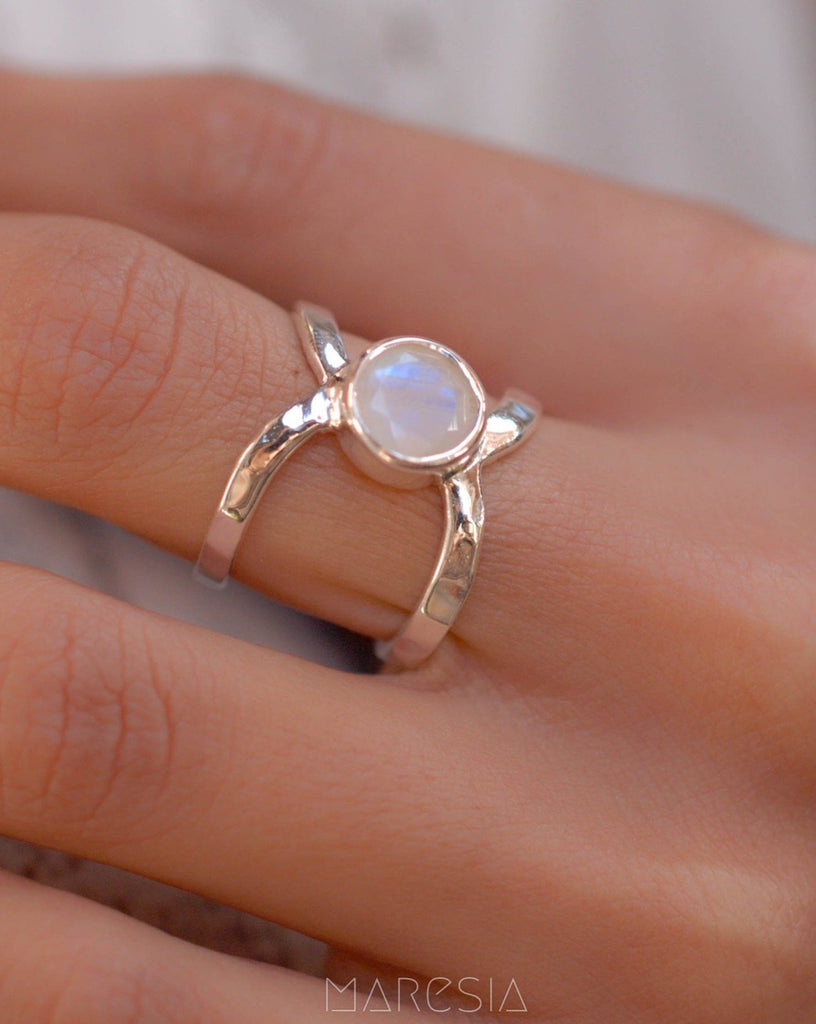 Moonstone ~ Sterling Silver 925 ~ MR002 - Maresia Jewelry