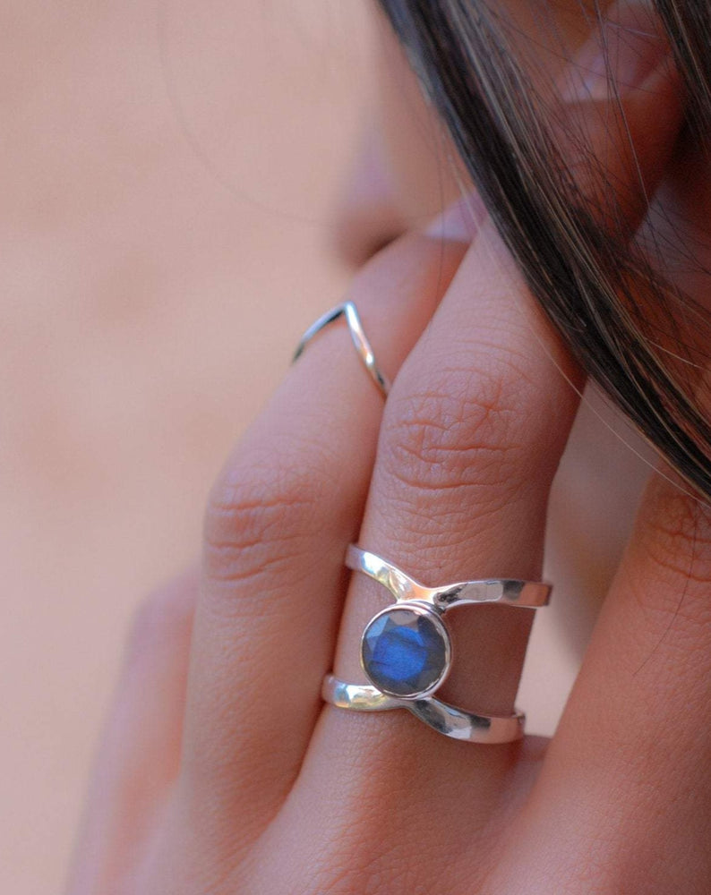 Rainbow Labradorite  Double Band Ring ~ Sterling Silver 925 ~  MR004