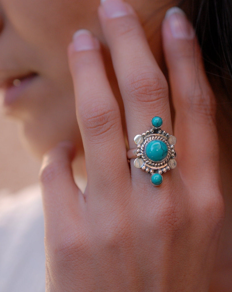 Round Turquoise Ring ~ Sterling Silver 925 ~ MR121 - Maresia Jewelry