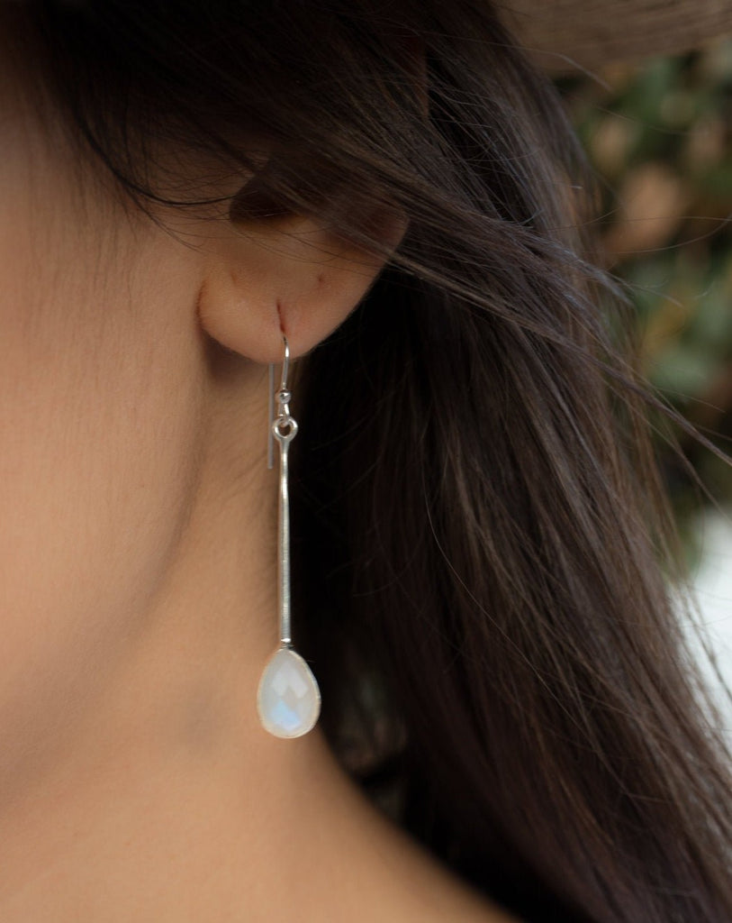 Moonstone Earrings ~ Sterling Silver 925  ~ ME134 - Maresia Jewelry