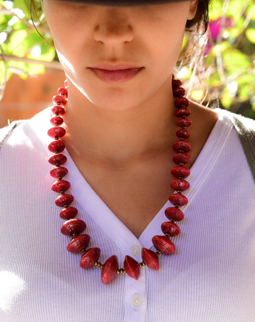 Red Paper Beads Necklace ~ LN050