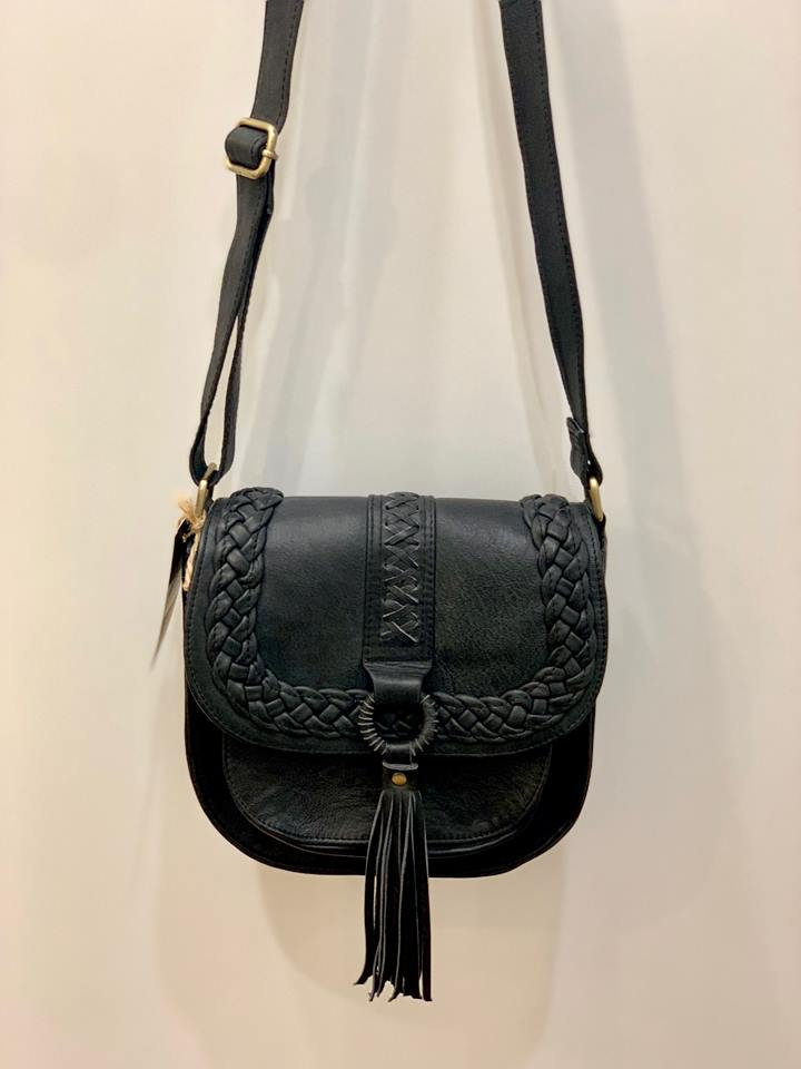 Quinn |  Black Leather Shoulder Bag