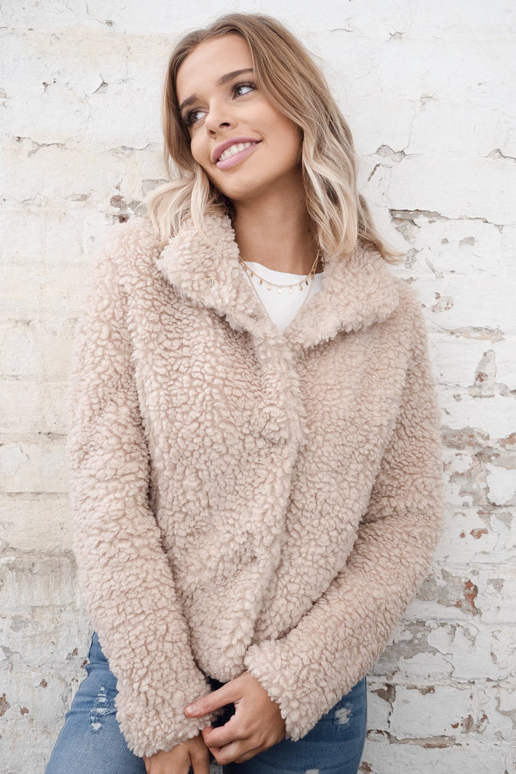 Teddy Jacket in Beige