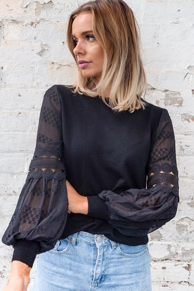 Molli Top in Black
