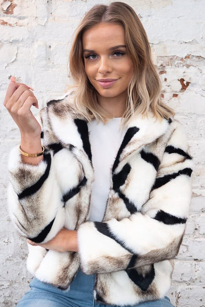 Lara Faux Fur In Cream With Animal Print