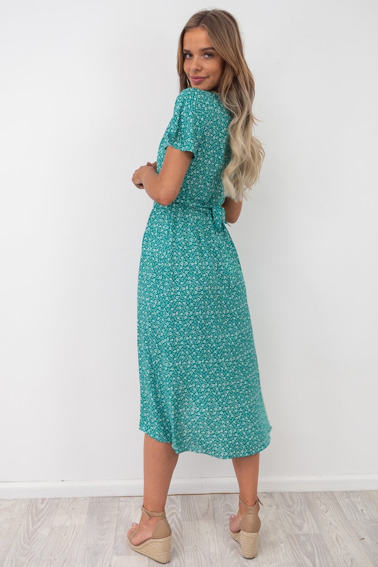 Skyla |Wrap Dress In Green And White Print