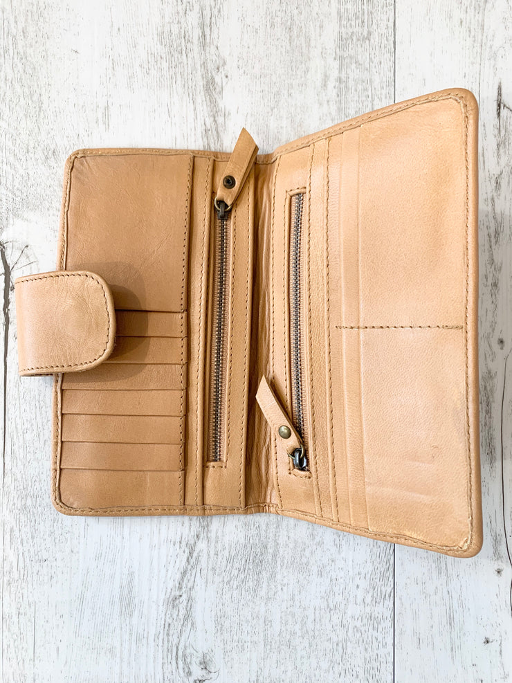 Camel and white colour Cowhide leather Wallet