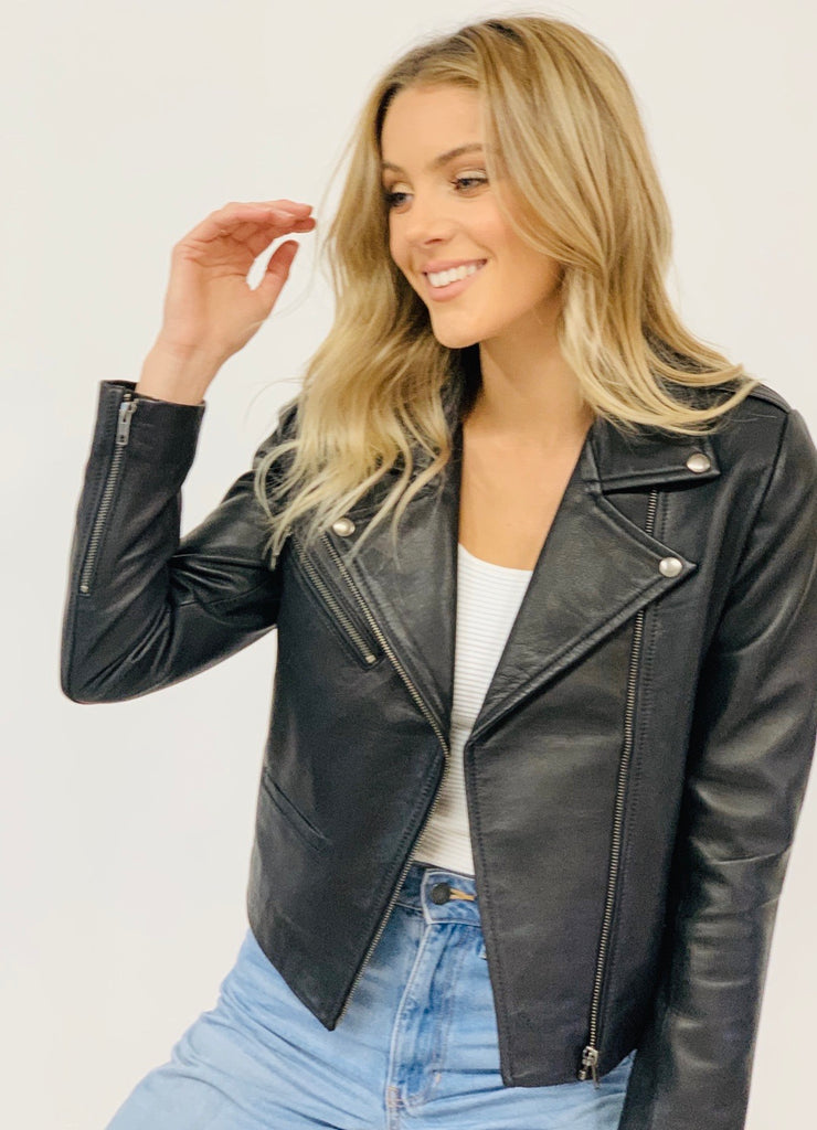 Elly Black Leather lambskin Jacket without Belt