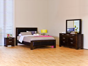 Haliton 5 Piece Queen Bedroom Suite