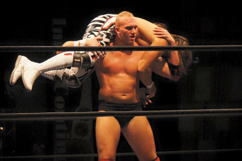 NJPW Cody Hall - BIG TALL JAPAN