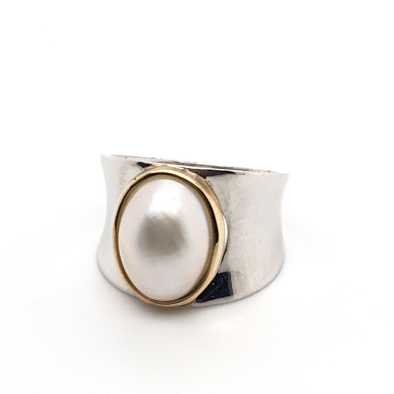 SS & 9CT YG MABE PEARL RING