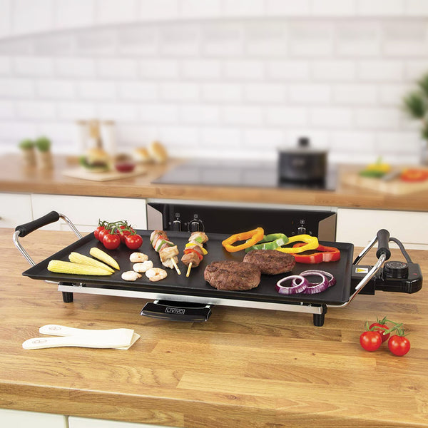Large Electric Solid Teppanyaki Grill With Wooden Spatulas