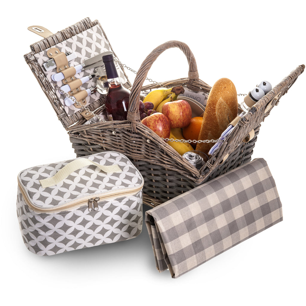 4 Person 30 Piece Round Top Wicker Picnic Hamper