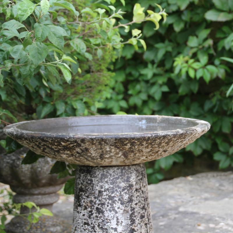Ancient Effect Salt Glaze Bird Bath - Gardenesque