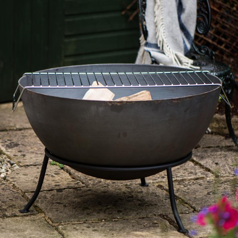 Hoole Cast Iron Fire Pit With Grill - Gardenesque