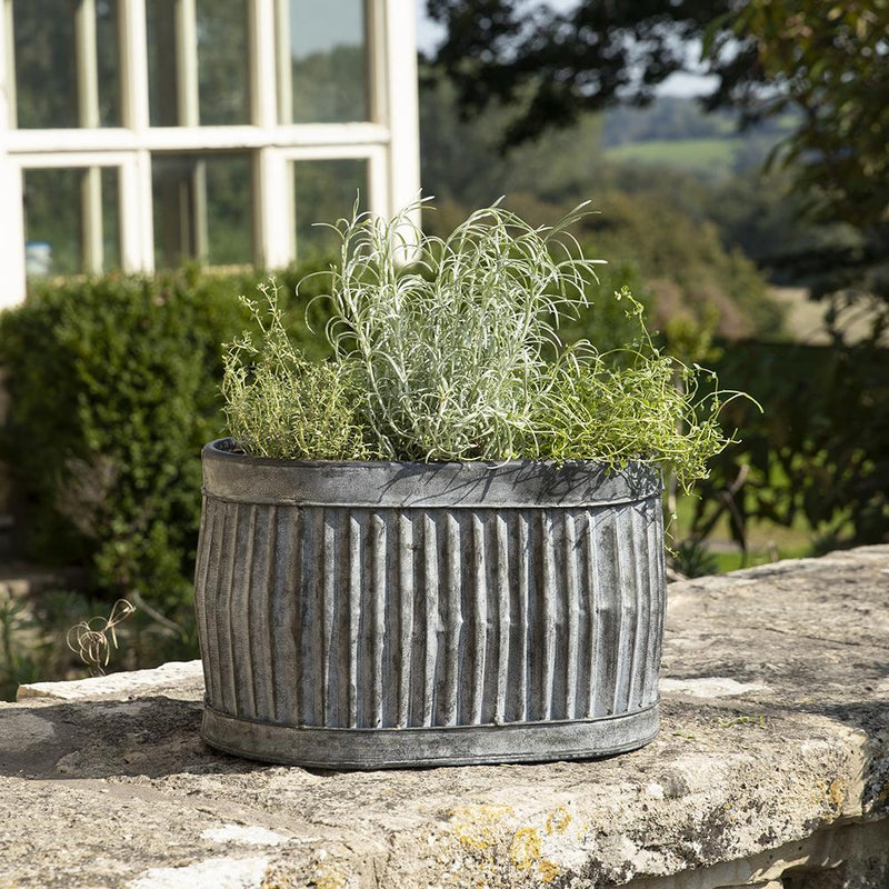Ellham Metal Ribbed Trough Planter - Gardenesque