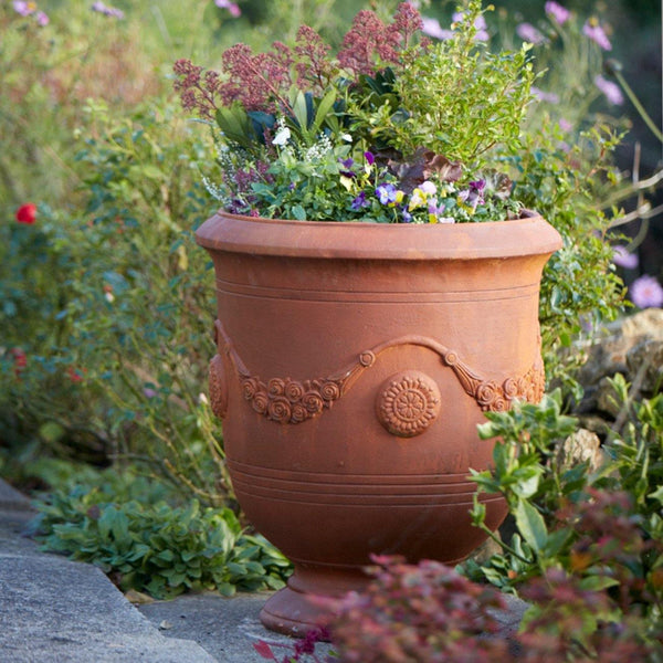 Fibreclay Rusted Finish Garden Urn with Drainage Hole Gardenesque