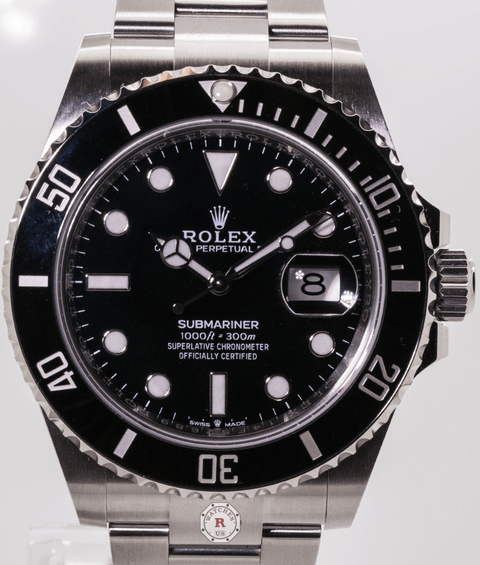 Rolex SUBMARINER DATE  New Model 2020  Oyster, 41 mm, Oystersteel - Watches R us