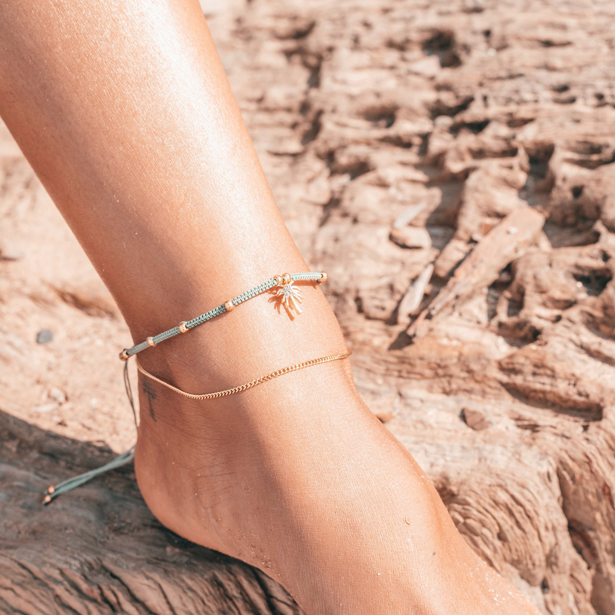 Dreamland Anklet - Palm Tree - Pineapple Island